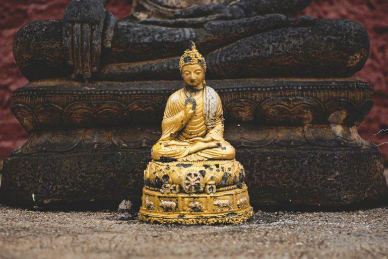 nirvana statue
