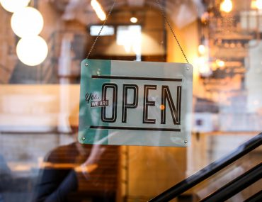 yes, we're open sign on a store